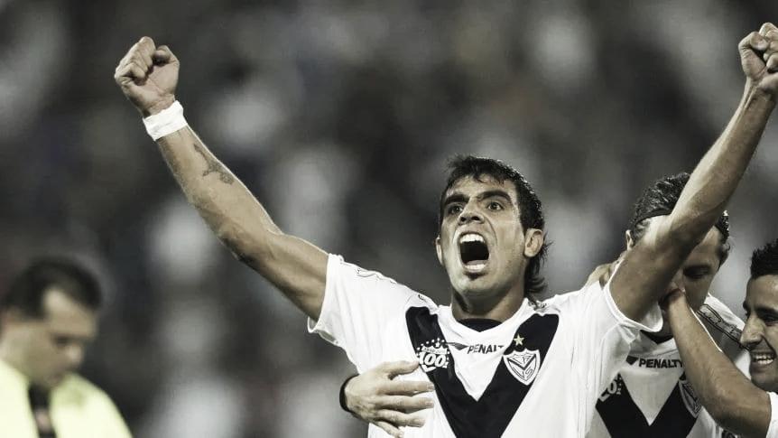 Augusto Fernández, ¿vuelve a Vélez?