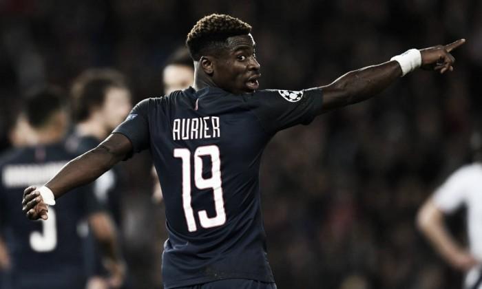 Aurier non parte con il PSG, addio vicino: Inter in corsa