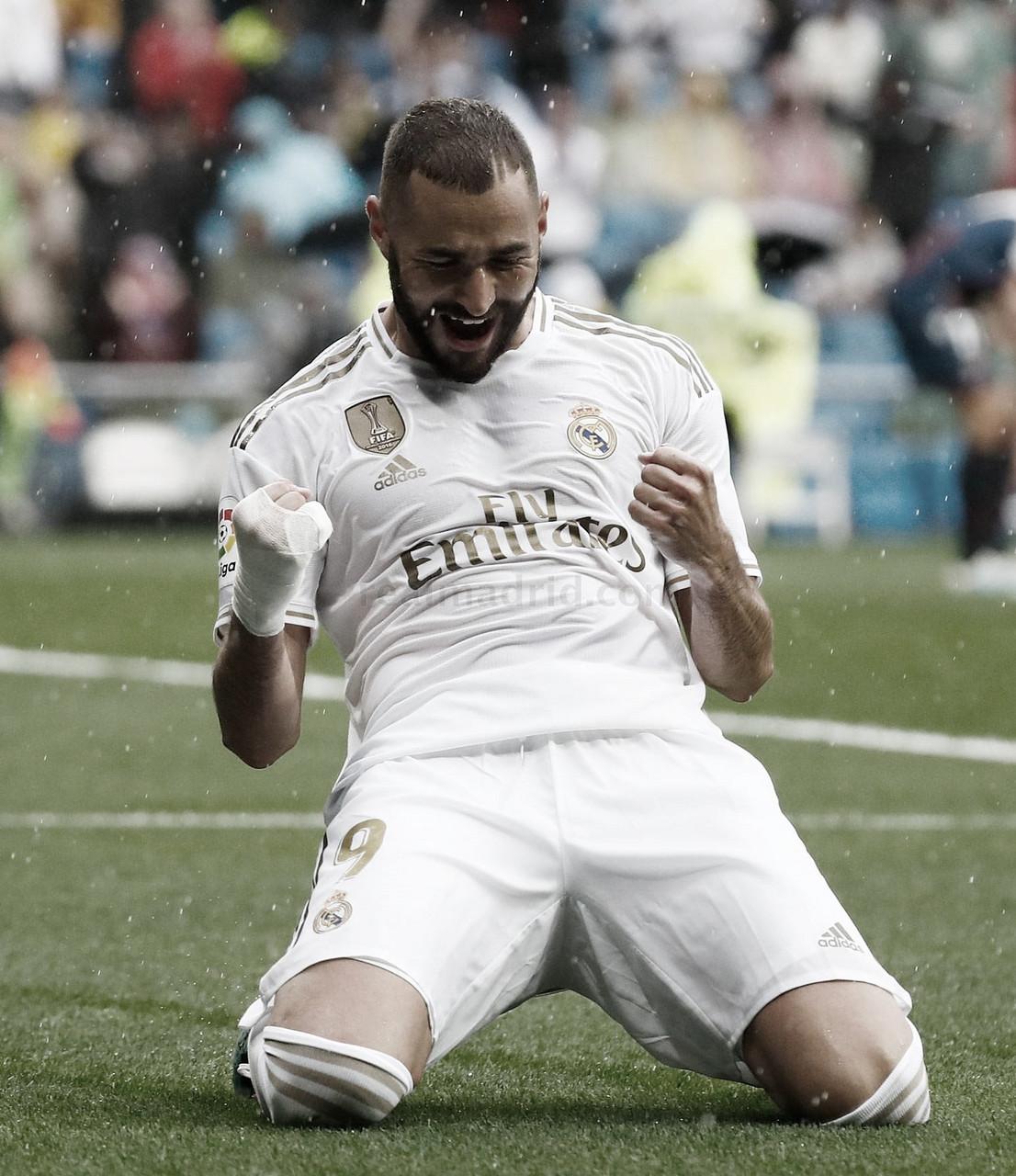 Benzema ya es uno de los 20 máximos anotadores de la Liga