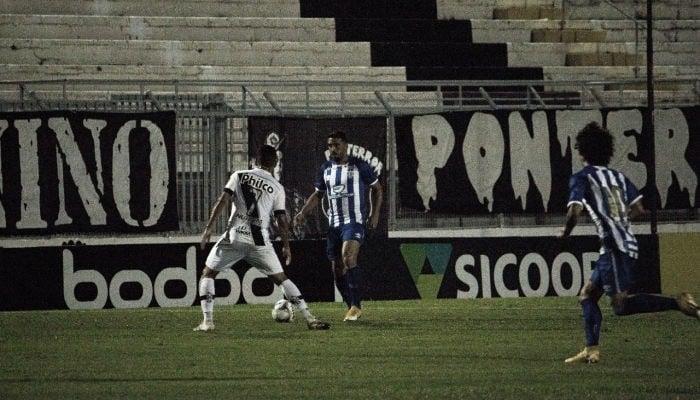 Com gol no fim, Avaí vence Ponte Preta em Campinas e volta a sonhar com G-4