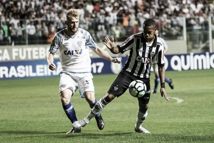 Com melhor aproveitamento do returno, Avaí recebe Atlético-MG buscando se afastar do Z-4
