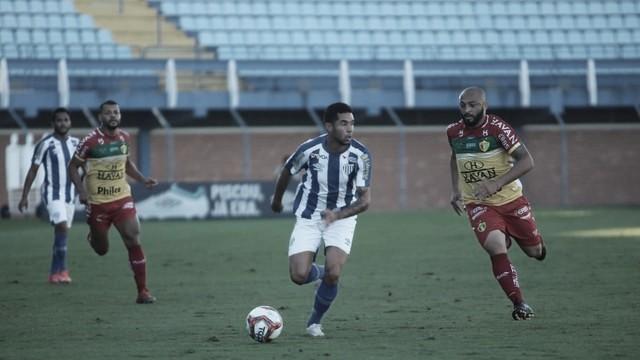 Brusque consegue revanche contra Avaí e mantém 100% na Série B