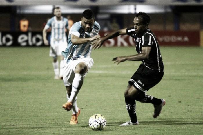 Avaí fica no empate em casa com Bragantino e é eliminado da Copa do Brasil