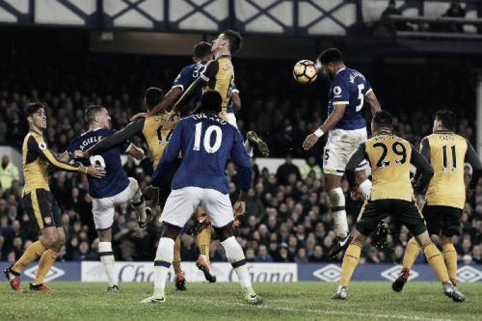 Premier League, l'Arsenal cade a Goodison Park contro l'Everton (2-1)