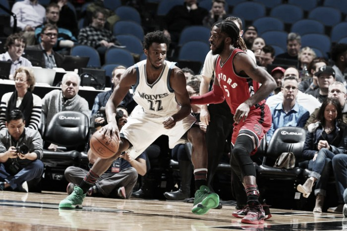 Nba, Minnesota beffa i Raptors. New York rianima i Clippers