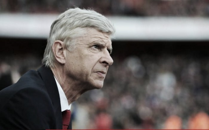 Arsene Wenger refuses to rule out England job, but will see out Arsenal contract