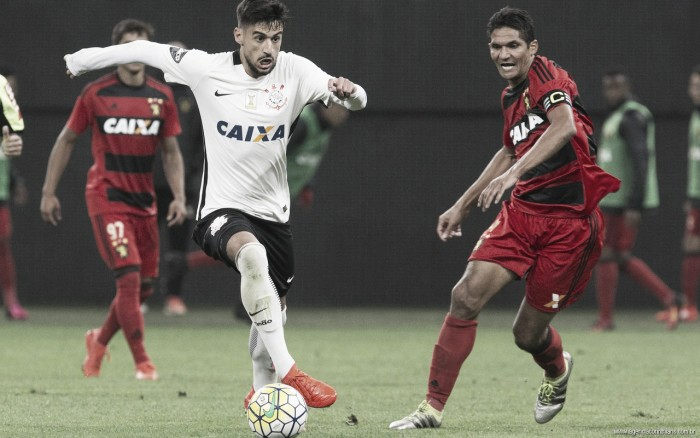 Com dois tempos distintos, Corinthians mostra forças e bate Sport