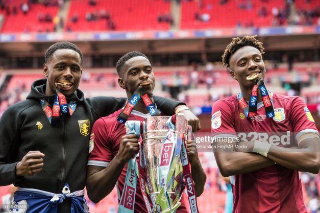 Axel Tuanzebe returns to Aston Villa on loan