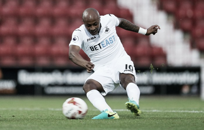 Swindon Town 0-3 Swansea City: Barrow shines as Swans seal pre-season victory