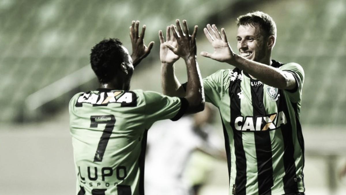 Com dois gols de Aylon, América derrota Caldense e se garante na vice-liderança do Mineiro