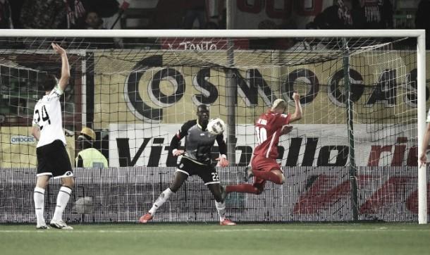 Cesena 0-2 Bari: Galletti prevail in top of table clash