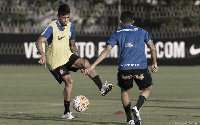 Lucca encerra negociações e renova com Corinthians por três anos