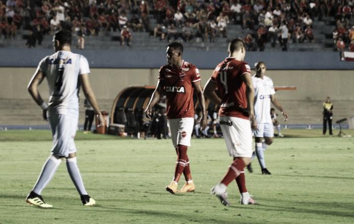 Em confronto direto pelo acesso, Londrina e Vila Nova se enfrentam na Série B