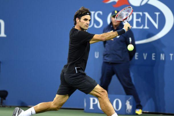 Roger Federer comienza sin lucirse en su 60 Grand Slam