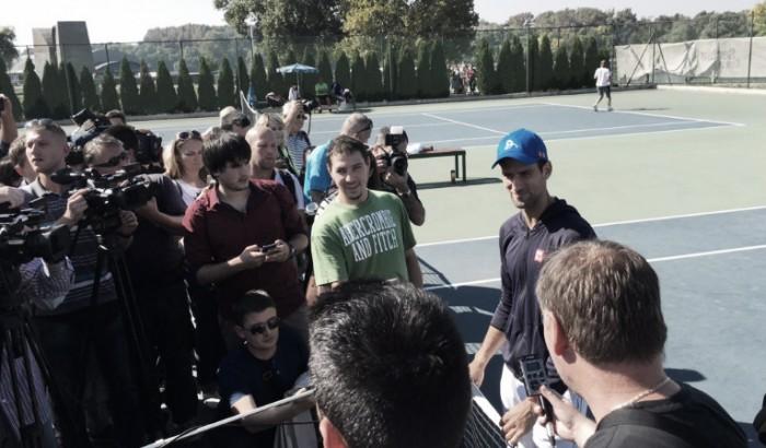 """Em coletiva, Djokovic esclarece: """"O plano agora é ir à Xangai"""""""