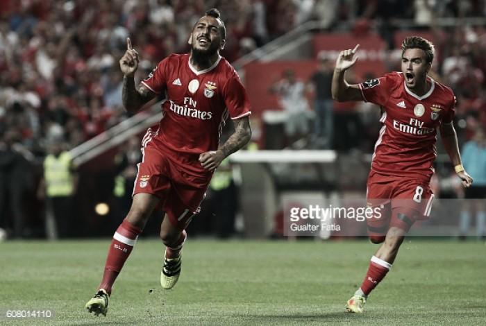 Benfica x Braga: Bis de Mitroglou e sorte de Pizzi levam o Benfica à liderança
