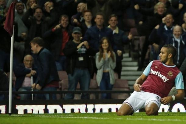 Payet celreba un tanto con el West Ham. Foto: The National