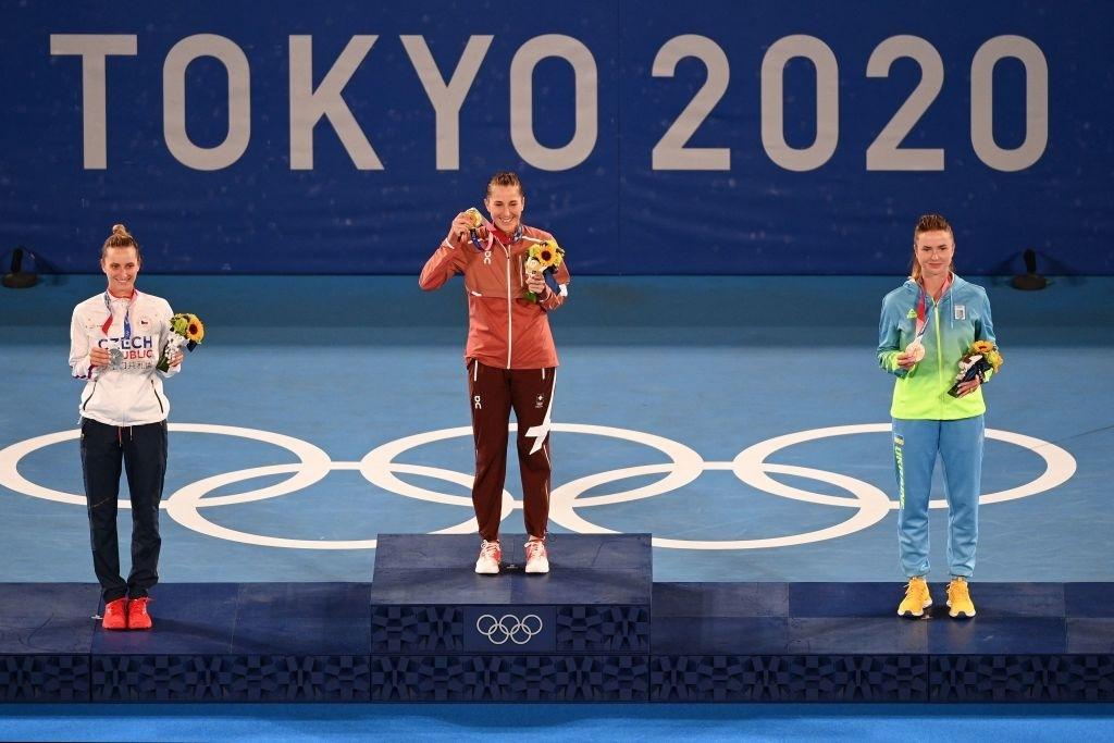 The women's singles podium. Photo: Vincenzo Pinto