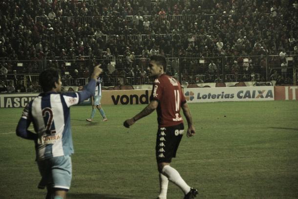 Tal como no estadual, Marcos Paraná atuou como falso centroavante (Foto: Jessé Krüger)
