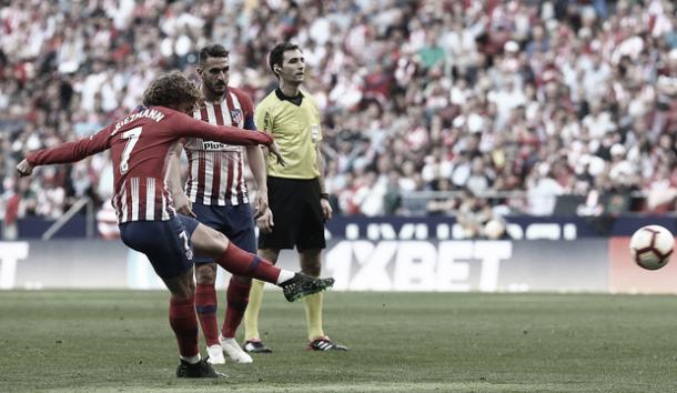 Así anotó Griezmann el primer gol del partido. Foto: Web oficial Atlético de Madrid