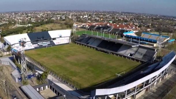 El Estadio Centenario, la casa del conjunto del Decano del Sur | Foto: Infobae