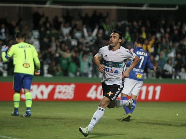 Gladiador, apesar de polêmico, vem se destacando no time paranaense (Foto: Divulgação/Coritiba)