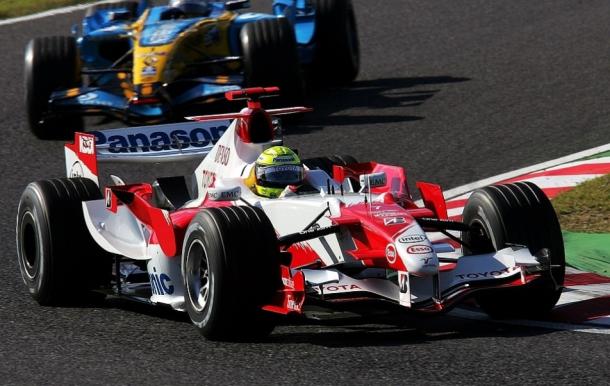 Ralf Schumacher y Fernando Alonso | Fuente: Sutton Images