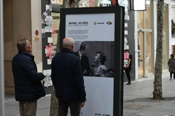 Felicitación del Juan Carlos I a Ángel Nieto / Foto: Box Repsol
