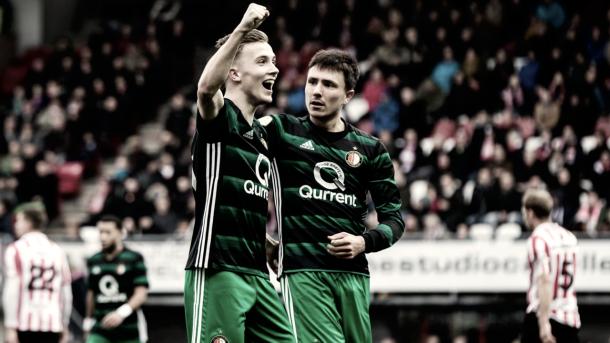 Imagen de los futbolistas del Feyenoord festejando uno de los siete tantos. / Foto: feyenoord.nl