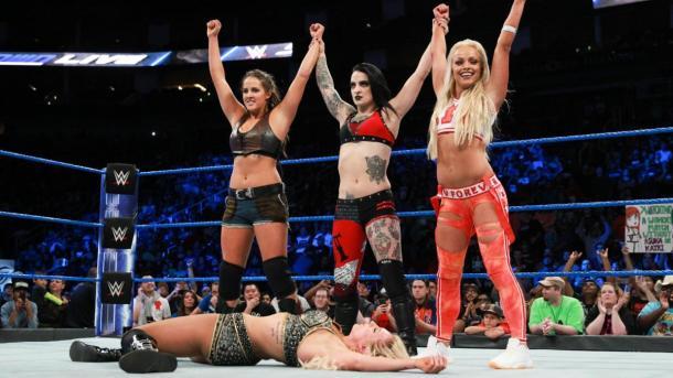 Sarah Logan, Ruby Riot y Liv Morgan | Foto: WWE.com