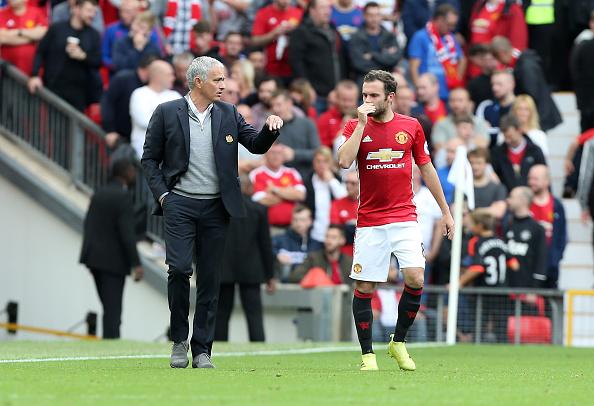 Sob a tutela de Mou, Mata vem reencontrando seu melhor futebol | Foto: Plumb images/Leicester City FC via Getty Images