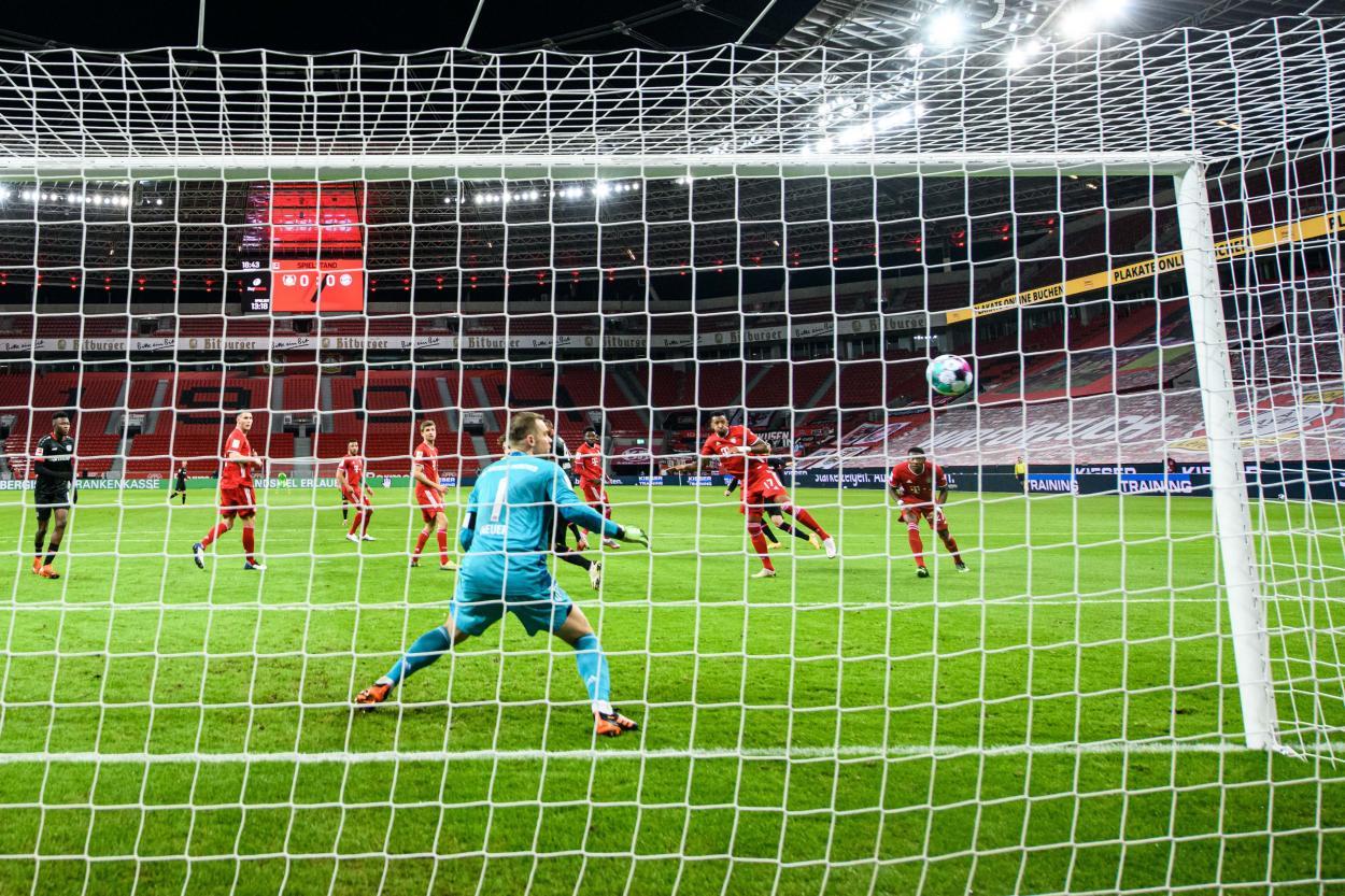 Así marcó Schick el 1-0 / FOTO: @bayer04fussball