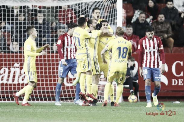 Jugadores del Cádiz celebrando el primer gol   Imagen: LaLiga