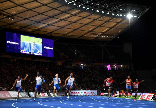 Hughes leads the field over the line to claim his first European title in Berlin (Getty/Matthias Hangst)