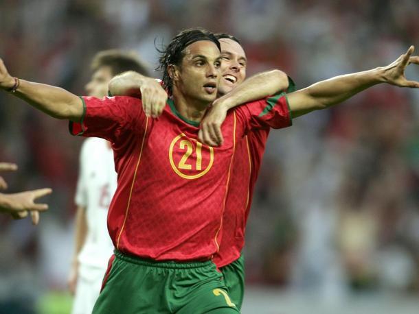 Nuno Gomes foi dos poucos a conseguir marcar 4 golos num só jogo // Foto: maisfutebol.iol.pt