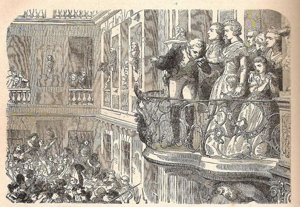El marqués de La Fayette en el balcón del palacio de Versalles, besa la mano a María Antonieta frente al pueblo (PD).