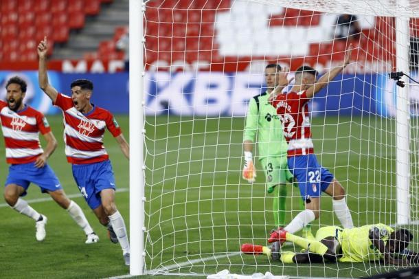 Primer gol del Granada frente al Getafe. Fuente: Granada C.F.