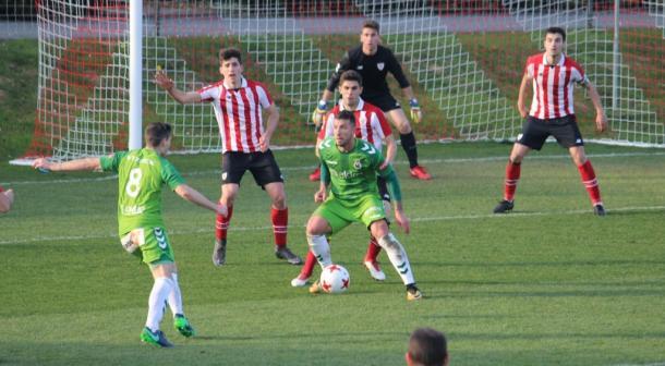 El Bilbao Athletic en plena forma, frente al Racing de Santander (fuente Real Racing Club)