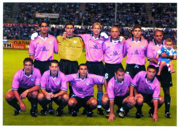 Equipo del Deportivo Alavés, en una de las eliminatorias. Fuente: deportivoalaves.com