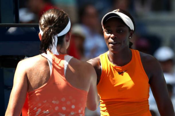 Stephens congratulates Sevastova after the match (Getty Images/Al Bello)