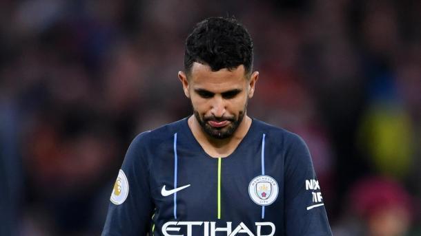 Mahrez después de fallar el penalti. Foto: Premier League.