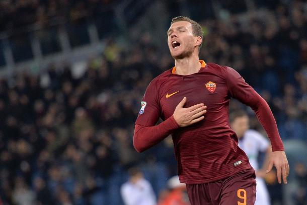 Dzeko buscará regresar a la senda del gol   Foto: AS Roma
