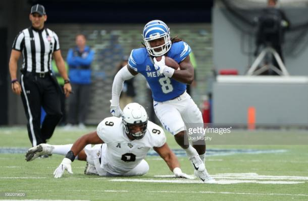 Darrell Henderson on the charge against UCF (image source: Joe Murphy/Getty Images)