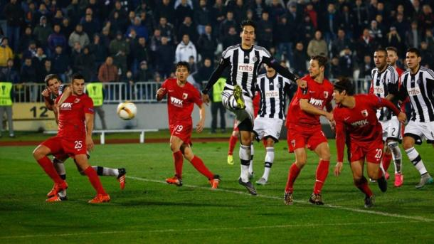 Hong scoring against Partizan | Photo: Bundesliga