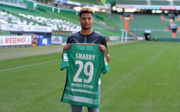 Despite persistent rumours of involvement from Bayern Munich in the deal, Gnabry is a major coup for Bremen. | Photo: The Telegraph/EPA