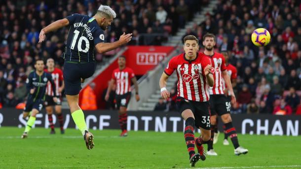 Agüero en el 1-3. Foto: Premier League.