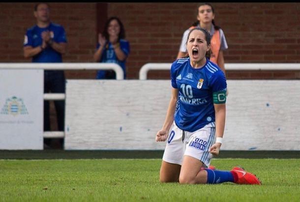 Isina celebra un gol durante esta campaña. Foto: @realoviedofem