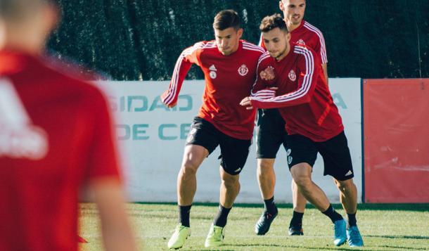 Alcaraz y Óscar Plano durante el entrenamiento   Real Valladolid