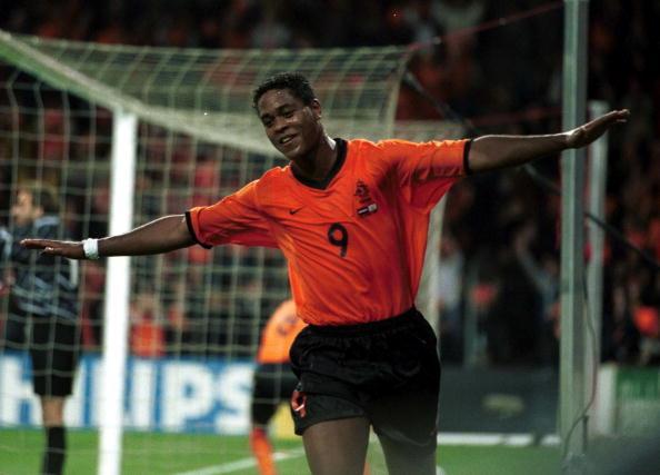 Patrick com a camisa da Seleção Holandesa (Foto: Craig Prentis/Getty Images)