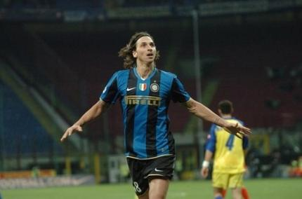 L'esultanza di Ibrahimovic | Foto: interclub.gr